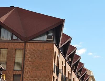 <p><strong>Resim 3.</strong> İspanya'dan modern çatı örneği<br />Fotoğraf: E. Kasapoğlu</p>