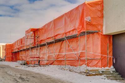 <p><strong>3a. </strong>Asbestli yapıların  yıkımı konusunda dünyadan örnekler</p>