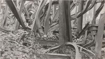 <p><strong>3b.</strong> Çelik  kolonlarda deformasyonlar</p>
