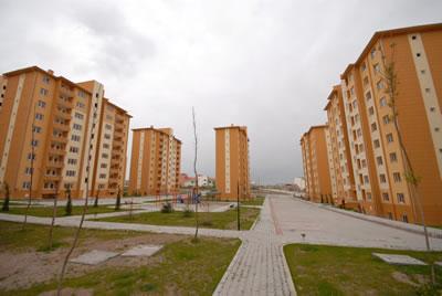 Türkiye'nin çeşitli kentlerdeki TOKİ toplu konut üretimlerinden örnekler. Nevşehir (www.ajansnevsehir.com)