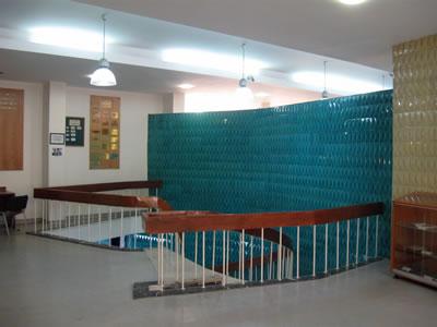 <p><strong>4.</strong> AÜ SBF Kütüphane Yapısı, İç Mekân<br />  Fotoğraf: Zafer Akay</p>