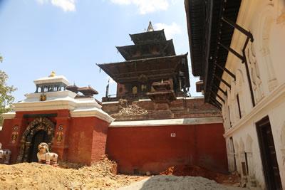 <p><strong>Resim 4.</strong> Bhaktapur Durbar Meydanı genel olarak hasar durumu<br />  Kaynak:  GEA-SAR</p>