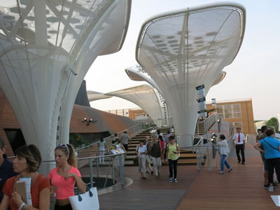 <p><strong>4. </strong>Almanya Pavyonu, Schmidhuber Architects</p>