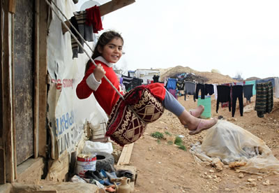 <p><strong>4.</strong> Lübnandaki Bekaa  Vadisinde bulunan Mülteci Kampından bir kare<br />  Kaynak:  UNICEF/NYHQ2014-0295/Haidar</p>
