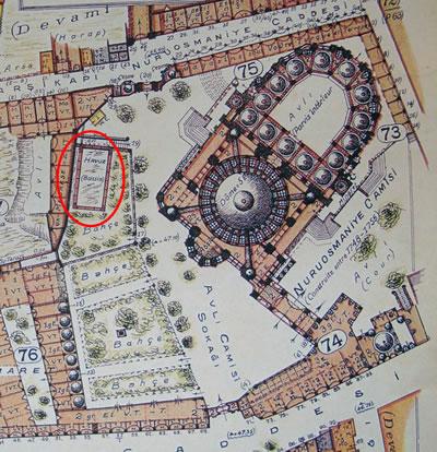 <p><strong>4. </strong>1940 tarihli Pervititch haritasında Nuruosmaniye Camii  yangın havuzu<br />Kaynak: Jacques Pervititch Sigorta Haritalarında İstanbul.</p>