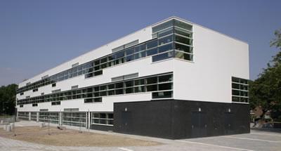 <p><strong> 4.</strong> De Spil Okulu, kütlesel özellikler <br />Kaynak: office@ahh.nl</p>