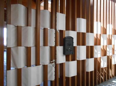 4c. Ana koridorlardan avlulara bakışlar, tamamen geçirgen olan başlangıç durum ve kullanıcının farklı yaklaşımları.