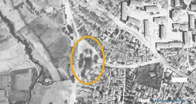 <p><strong>5.</strong> 1966 yılına tarihlenen hava  fotoğrafında Veliefendi Çeşmesinin etrafındaki ağaçlar görülmektedir.<br /> Kaynak: İstanbul Büyükşehir  Belediyesi Şehir Haritası Uygulaması, <a href=