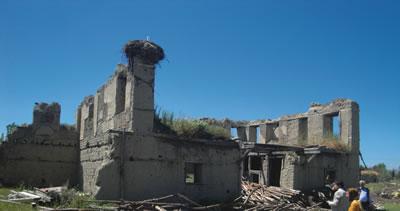 <p><strong>5.</strong> Yarıköy yıkıntıları (no.37&amp;38)<br />Fotoğraf: Özyıldıran,  2015.</p>