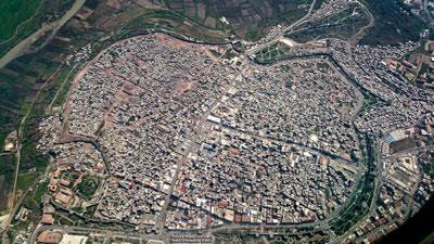 <p><strong>5. </strong>Diyarbakır Suriçi Çatışma Sonrası  Durum, Nisan 2016<br />  Fotoğraf: Volkan Yılmaz Erdoğmuş</p>