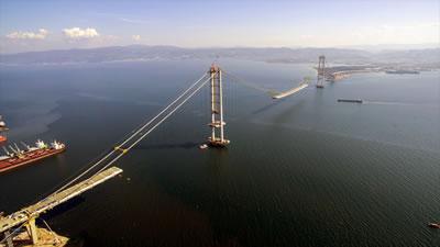 <p><strong>5. </strong>İzmit Körfez Köprüsü (Osmangazi Köprüsü) </p>
