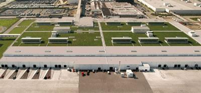 <p><strong>6.</strong> Ford Rouge  Merkezinin yenilenen yeşil alanları / çatıları ile günümüzdeki görünümü<br /> Kaynak: www.greenroofs.com/projects/ford-motor-companys-river-rouge-truck-plant  [Erişim: 30.07.2019] </p>