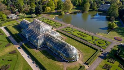 """<p><strong>6.</strong> """"Dünyanın en büyük  ve en çeşitli botanik ve mikolojik koleksiyonlarını"""" barındıran Kew Gardens,  Londra, İngiltere<br />Kaynak: www.kew.org/science/collections"""