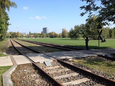 <p><strong>6.</strong> Gleisdreieck Park,  Yorkstrasse </p>