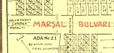 <p><strong>6b.</strong> İstanbul Yapı  Kollektif Şirketi reklamında Londra Asfaltı-Marşal Bulvarı ilişkisini gösteren  şemalar<br />   Kaynak: <strong>Cumhuriyet</strong>,  29.11.1953.</p>