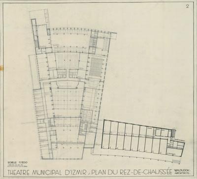 <p><strong>6b.</strong> Dudokun İzmir Belediyesi Tiyatrosu için Hollandada yaptığı çizimler  (perspektif, zemin ve giriş kat planları, görünüşler), 1954<br />   Kaynak: Stadsschouwburg  Izmir Turkije (ontwerp W.M. Dudok), NAi/DUDO 195K.34, 195M.101, Het Nieuwe  Instituut, Rotterdam. </p>