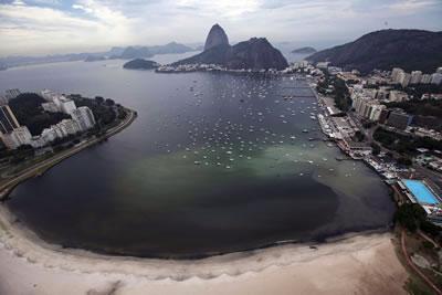<p><strong>7. </strong>Guanabara Körfezi Kirliliği</p>