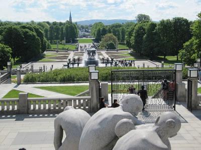 <p><strong>7.</strong> Heykeltraş Gustav  Vigelandın heykellerinin sergilendiği Frogner Parkı, Oslo, Norveç</p>