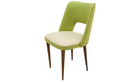 """<p><strong>7.</strong> İstanbul Çukurcuma da yer alan bir  eskiciden satın alınarak restore edilen sandalye, Saarinenin """"Executive side  chair with wood legs"""" isimli tasarımı taklit edilerek üretilmiştir</p>"""