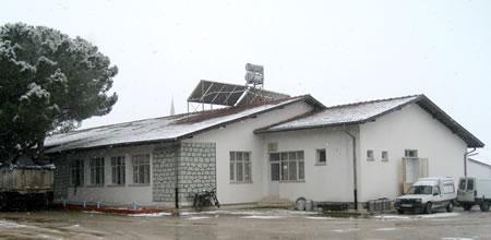 8. İşçi yemekhanesi