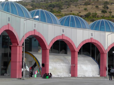 <p><strong>8. </strong>Mardin Otobüs Terminali, çadır,  2014</p>