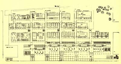 <p><strong>Resim 8c.</strong> Erzurum Atatürk  Üniversitesi Mühendislik Mimarlık Yüksekokulu Yarışması, Önalın  3. Ödül alan projeyi değerlendirme krokisi, projenin maket fotoğrafı ve kat planı<br />Kaynak: Mimarlık, 1972, sayı: 102, s.45.