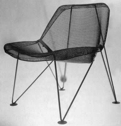 <p><strong>9.</strong> Metal Örgü Sandalye<br />  Kaynak:  Neptün Öziş</p>
