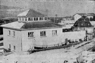 <p><strong>9.</strong> Uluborlu Hamamının inşa edildiği döneme  ait bir fotoğraf<br />   Kaynak: Demirdal, 1968,  s.206.</p>