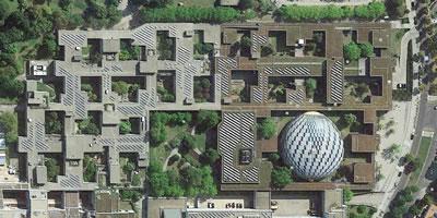 <p><strong>9.</strong> Berlin Free University, 1963, Candilis-Josic-Woods</p>