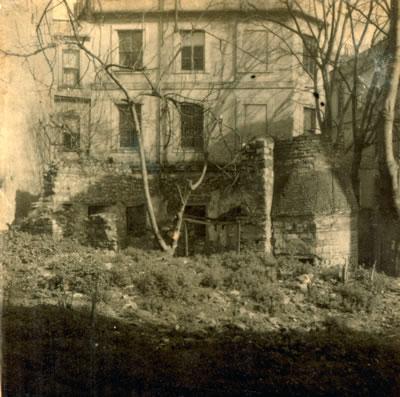 9. Bereketzade Mescidi, Galata. (Encümen Arşivi, 1947)