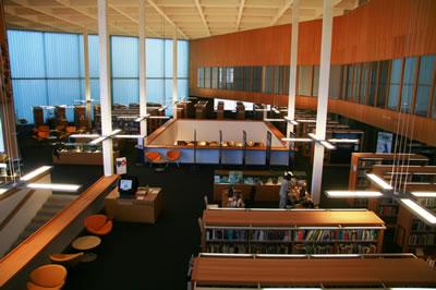 <p><strong>9b.</strong> Yeni Kütüphane Binası Bölümleri<br />  Fotoğraf: Feride Önal</p>