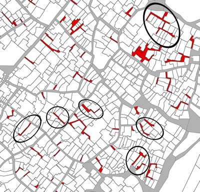 <p><strong>Harita  6. </strong>Tarihî kent  dokusunun içinde özel çıkmaz sokaklara örnekler daireler içerisinde  gösterilmektedir.</p>