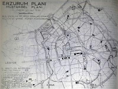 <p><strong>Plan  2. </strong>Lambert Planı<br />  Kaynak: <strong>Yurt  ansiklopedisi: Türkiye il il, dünü, bugünü, yarını</strong>, 1982.</p>