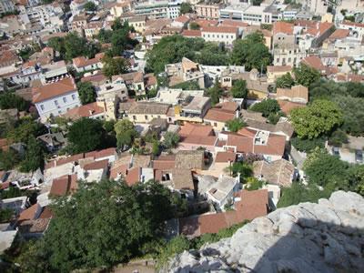 <p><strong>Resim 1.</strong> Anafiotika'nın  Akropolis'den görünümü<br />Fotoğraf: Pelin Gökgür</p>